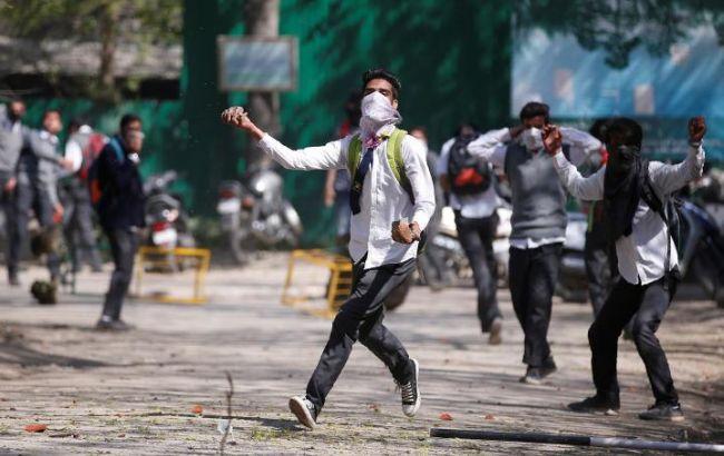 Фото: беспорядки в Кашмире