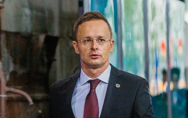 Угорщина й далі блокуватиме засідання комісії Україна-НАТО, - Сійярто