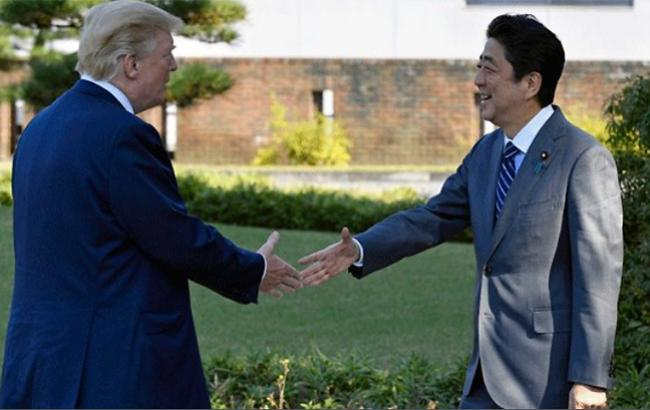 Лидеры США и Японии начали двухдневные переговоры по КНДР