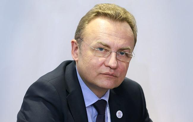 Команда мэра Львова обвинила правительство в сдаче национальных интересов