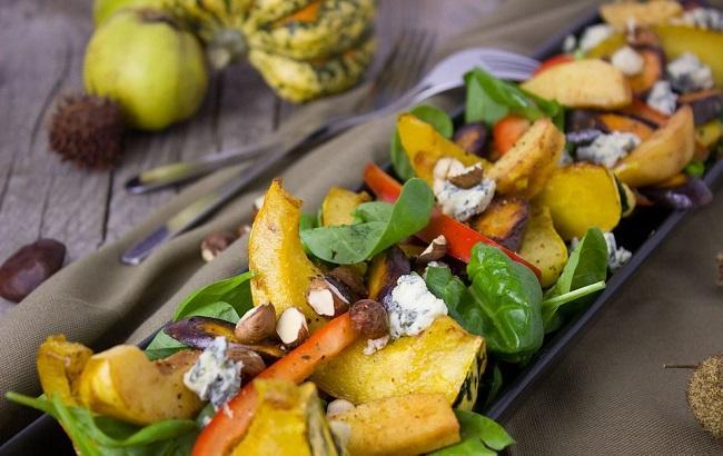 Салат с тыквой и киноа: сытно, вкусно и полезно