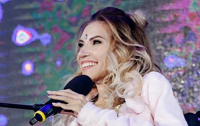 Євробачення 2018: мережу шокували проводи Самойлової під прапорами СРСР (фото)