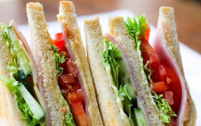 Известный диетолог назвала продукты, которые нельзя исключать из рациона питания