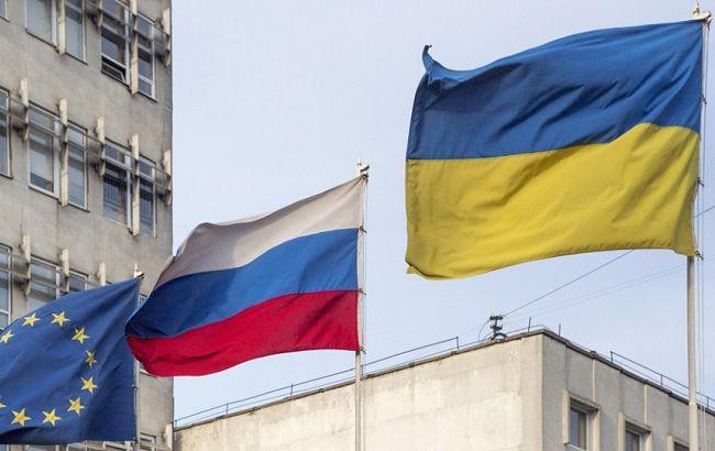 """Украина продолжает ужесточать """"бумажные"""" санкции против России"""