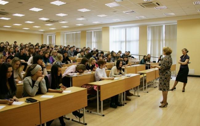 В зарубежных университетах также есть коррупция, просто с ней борются