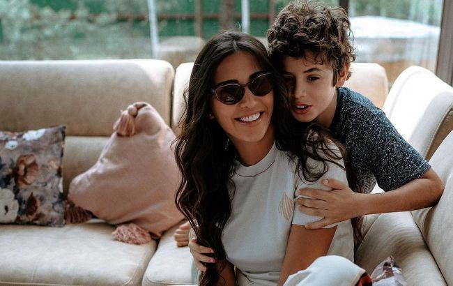 Бесконечная любовь: Санта Димопулос восхитила сеть трогательными снимками с детьми