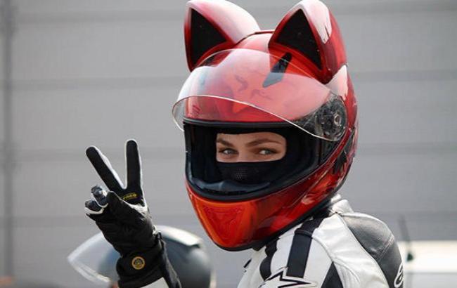 Nitrinos выпускает неко-шлемы для любителей быстрой езды и кошек