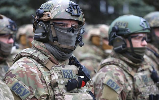 У воинской части в Ровенской обл. задержаны журналисты, подозреваемые в подготовке диверсии