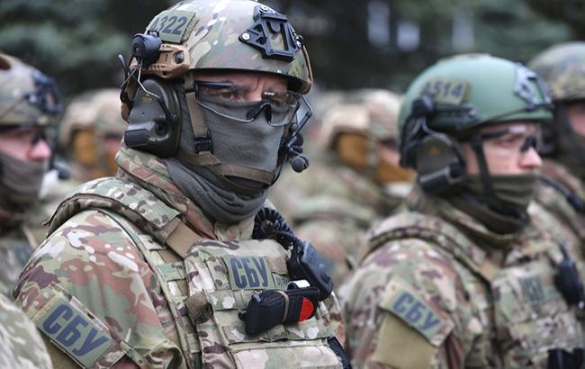 У Чернігівській обл. злочинна група незаконно позбавила волі та катувала понад 200 осіб