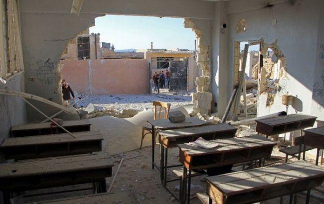 Фото: накануне школы в Идлибе подверглись бомбардировкам