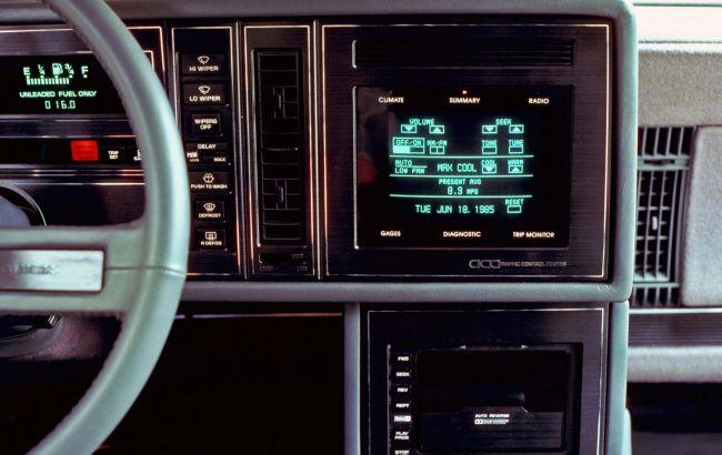 Все придумано до нас: першому сенсорному дисплею в автомобілі виповнилося 35 років