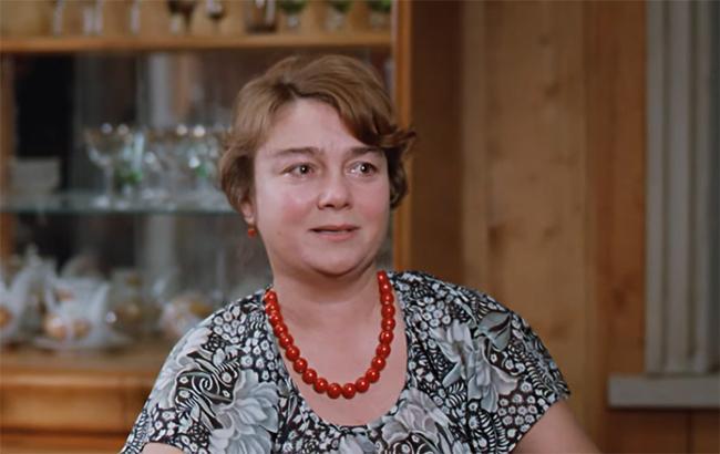 """Фото: Нина Дорошина (кадр из фильма """"Любовь и голуби"""")"""