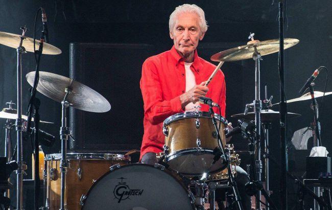 Барабанщик The Rolling Stones Чарли Уоттс умер в возрасте 80 лет