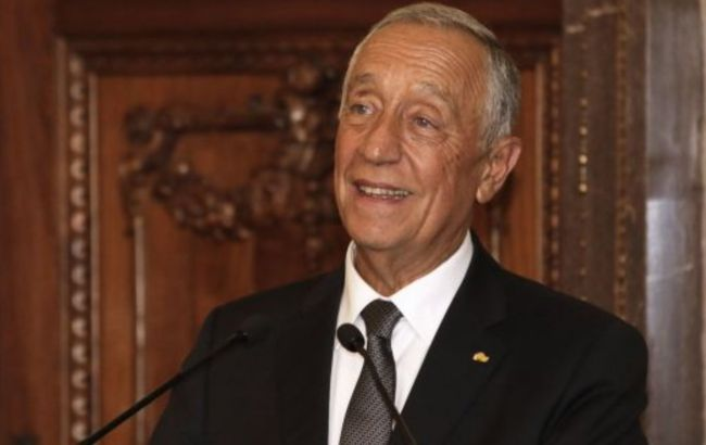Действующий президент побеждает на выборах в Португалии