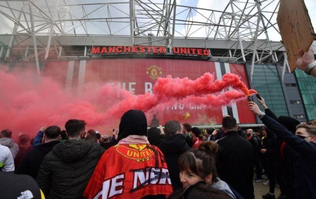 """Матч між """"МЮ"""" і """"Ліверпулем"""" перенесений через протест фанатів"""
