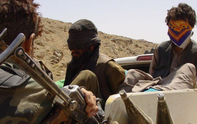 Таліби захопили значну частинукордону з Пакистаном