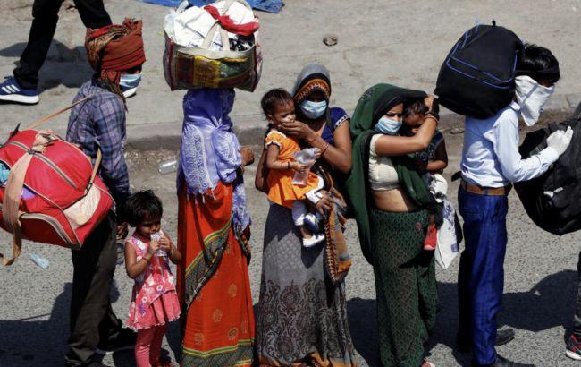 В Индии за день коронавирусом заразились почти 55 тысяч человек