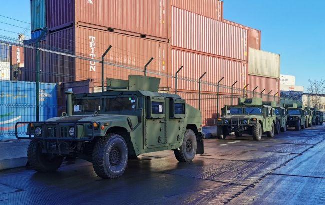 Помощь США. Украина получила 20 Humvee и десятки лодок