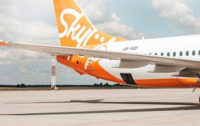 Літак SkyUp знову застряг по дорозі з Занзібару