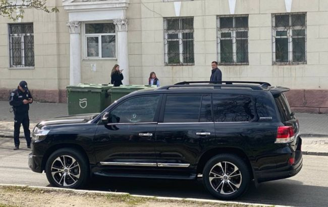 Убийство в центре Днепра: стрелку сообщили о подозрении и объявили в розыск