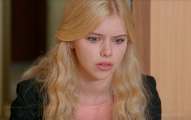 Школа: 14 серії 2 сезону Соня випадково дізналася, що вона усиновлена дитина