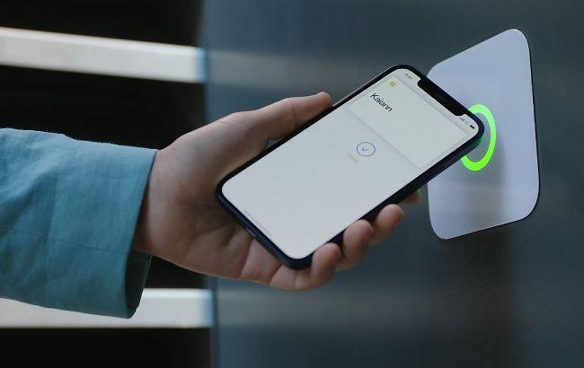 Новые iPhone могут получить функцию Always On Display