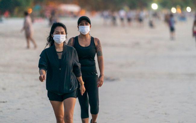 В ВОЗ заявили, что медицинские маски станут новой нормой жизни