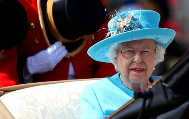 Букингемский дворец отпраздновал 92-й день рождения королевы Елизаветы II (фото)