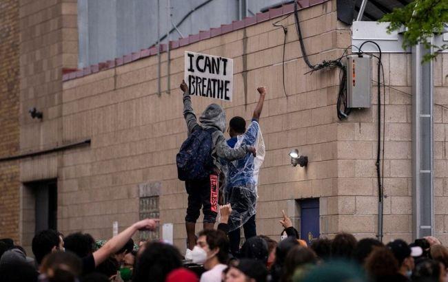 В Нью-Йорке отменили комендантский час: протесты стали мирными