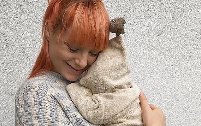 """""""Моє життя змінилося раз і назавжди"""": Тарабарова розповіла про перші дні материнства (фото)"""