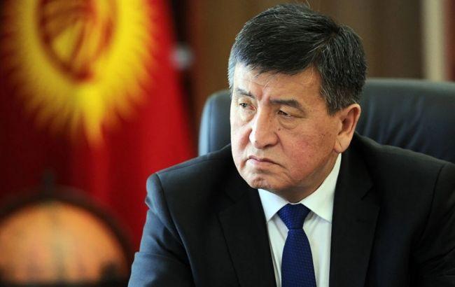 Президент Киргизії оголосив НС в Бішкеку, в місто вводять війська