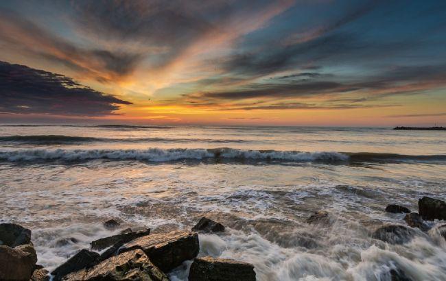 """В Крыму """"закипело"""" Черное море: фотозрелищного природного явления"""