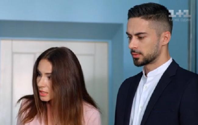Школа: в 12 серії 2 сезона Лола ревнувала Максима до Катерини, але пішла на побачення з Данею