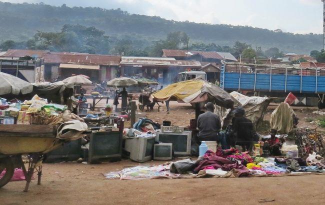 В Нигерии исчезли более 300 школьниц после нападения боевиков