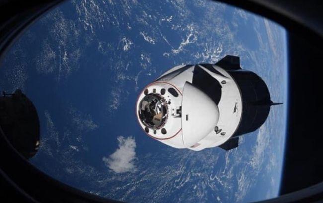 SpaceXзапускає чергову партію супутників на орбіту для роздачі інтернету
