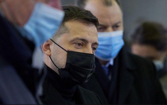 """Зеленский не будет реагировать на санкции США в отношении нардепа от """"СН"""""""