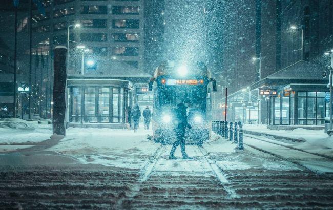 В трьох областях України не припиняються снігопади