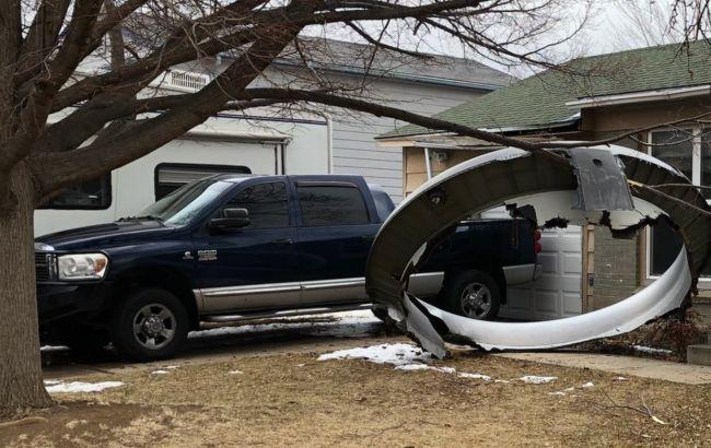 У США в Boeing відірвався двигун, уламки впали на житловий район
