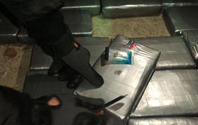 В порту возле Одессы обнаружили более 50 кг кокаина