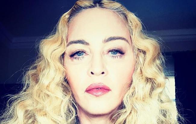 Мадонна показала всех собственных  детей— редкостный  эпизод