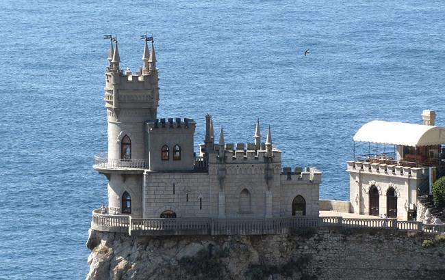 Фото: окупований півострів не повертає колишню туристичний потік (pixabay.com)
