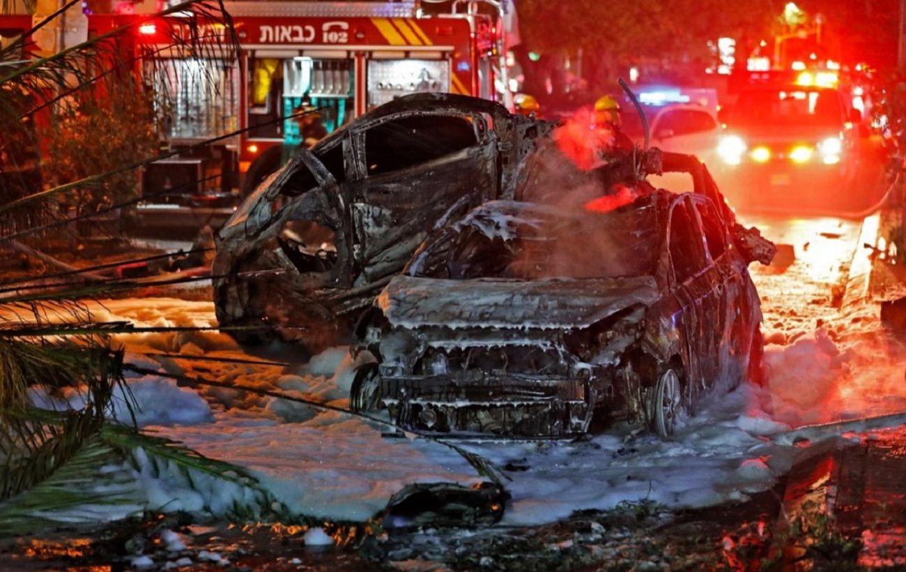 Горят синагоги, магазины, автомобили: в пригороде Тель-Авива усилились беспорядки