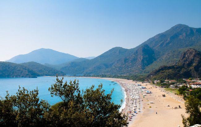 Туреччина дивує низькими цінами: скільки коштують тури на курорти країни у вересні
