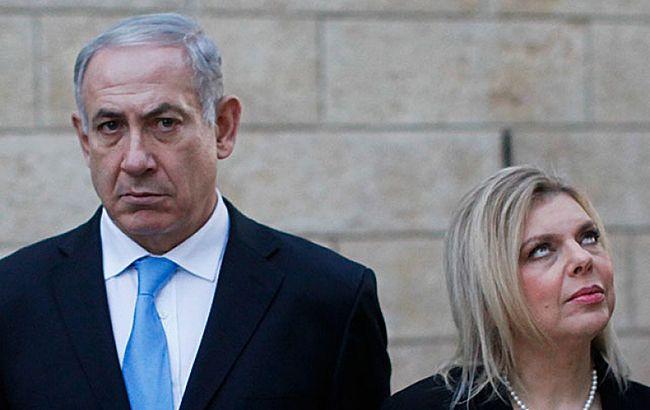 Кинула на землю хліб та сіль: дружина Нетаньяху в Києві потрапила в скандал (відео)