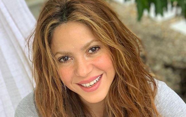 Поцелуи и обнимашки: Шакира с возлюбленным покорила семейной идиллией на матче сына
