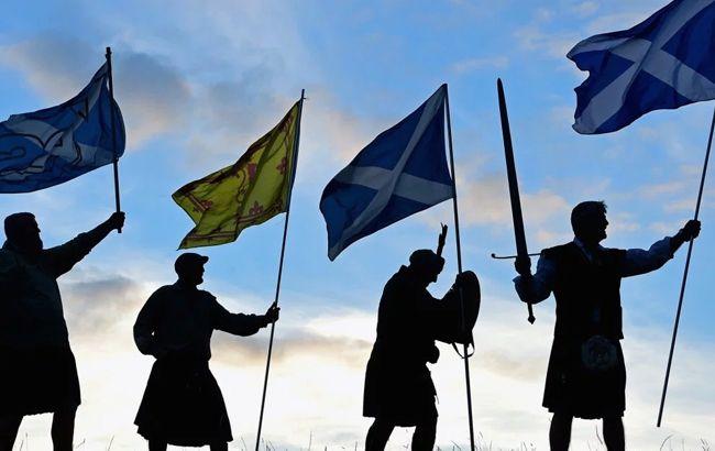 Разъединенное королевство: против короны и отечества