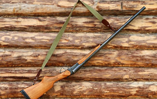 Фото: Чоловік вистрелив у колишнього зятя з рушниці (pixabay.com/klimkin)