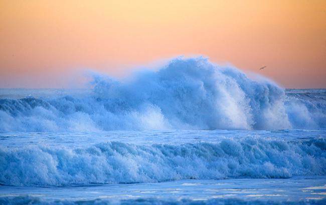 Фото: Шторм на море (pixabay.com-Natalia_Kollegova)