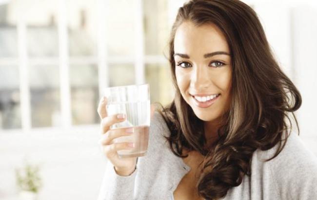 Фото: Воду нужно пить только тогда, когда хочется (hochu.ua)