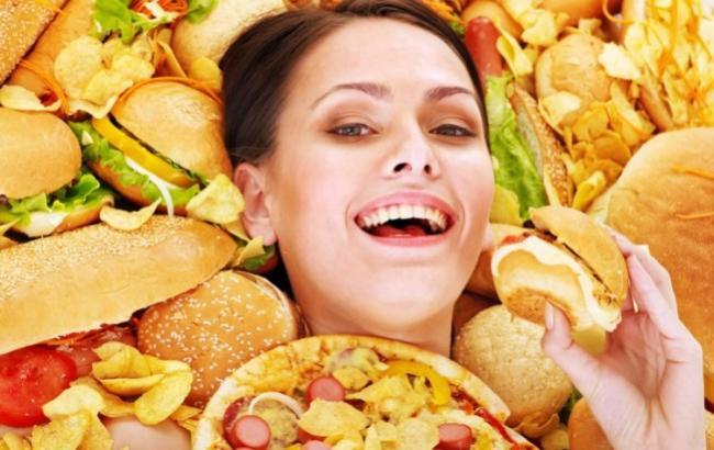 Фото: Сіль - причина переїдання (alternet.org)